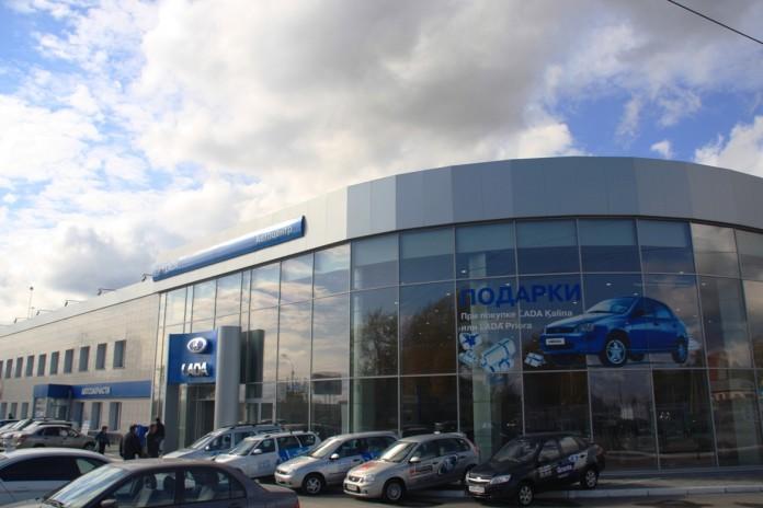 Миниатюра для: Казахи покупают еще один автокомплекс в Новосибирске
