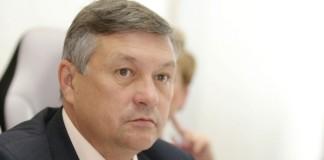Первый вице-спикер забайкальского заксобрания Сергей Михайлов заявил, что не понимает, как именно 115 тыс. га земель будут переданы в аренду китайцам.