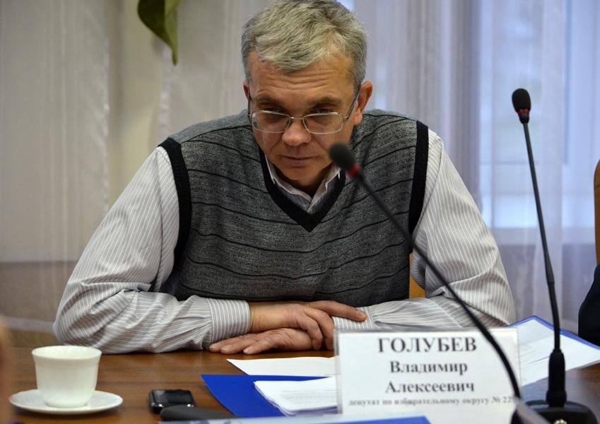 Бердская прокуратура до сих пор добивается лишения Владимира Голубева депутатского мандата, поскольку, по закону, осуждённое - пусть и амнистированное лицо - не может быть депутатом.