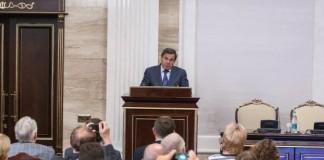 Губернатор НСО Владимир Городецкий убеждён, что общественный диалог не может быть избыточным.