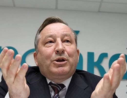 Александр Карлин ввёл в Алтайском крае новый метод осуществления народом влияния на органы местного самоуправления.