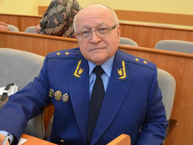 До настоящей отставки Виктору Ломакину оставалось дослужить 2 года.
