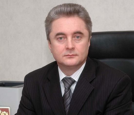 За трату бюджетных денег на покупку ордена и полёт на вертолёте Петра Суворова осудили на 5 лет условного лишения свободы.
