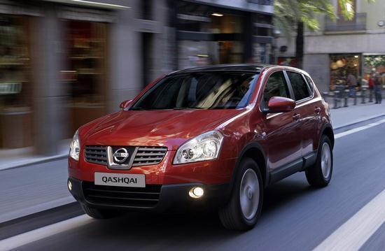 Первое среди иномарок в Новосибирске занял японский Nissan.