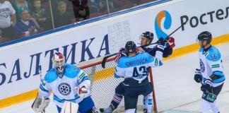 В престижном хоккейном турнире соперниками ХК «Сибирь» выступают очень именитые, сильные клубы.