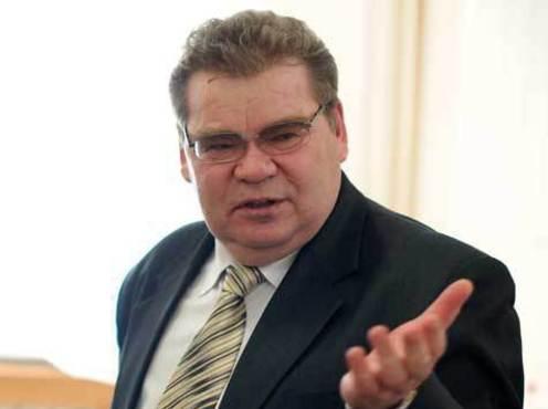 Зампред регионального правительства по инфраструктуре Николай Зубарев заявил, что договорённость с энергетиками снимать показания в один и тот же день месяца - 20 числа - помогла на 76% снизить ОДН для неокторых потребителей.