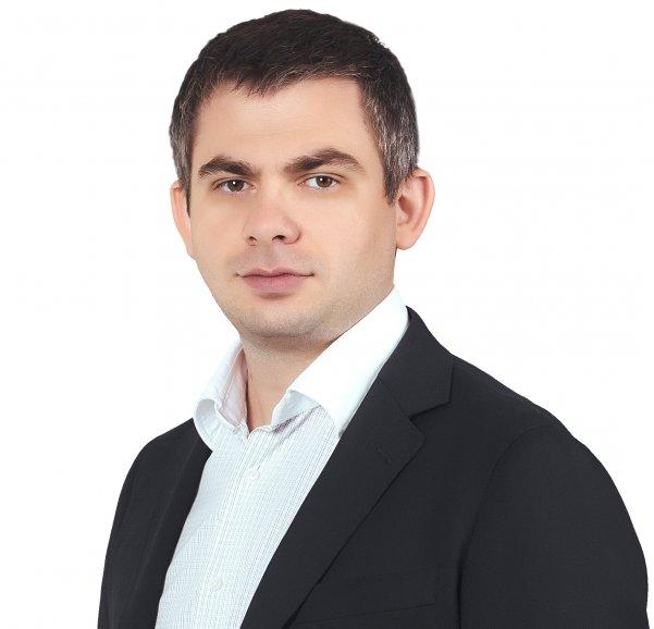 Владислав Сергеев