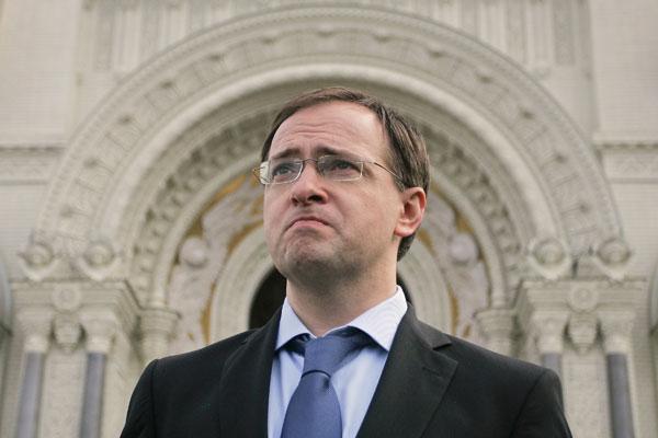Минкульт РФ опроверг слухи о намерении Владимира Мединского посетить Новосибирск в ближайшее время.