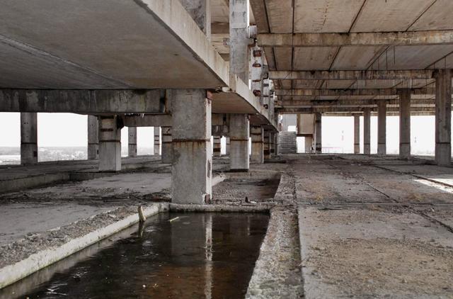 Недостроенный 9-этажный дом вызвал наибольший ажиотаж на торгах за собственность ОАО «НПО «Сибсельмаш».