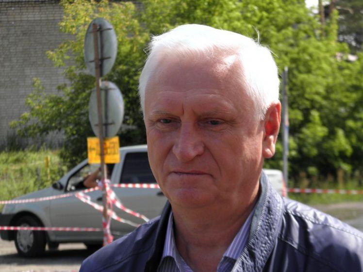 По версии экс-сити-менеджера Барнаула Игоря Савинцева, его отставка связана с тяжёлой болезнью.