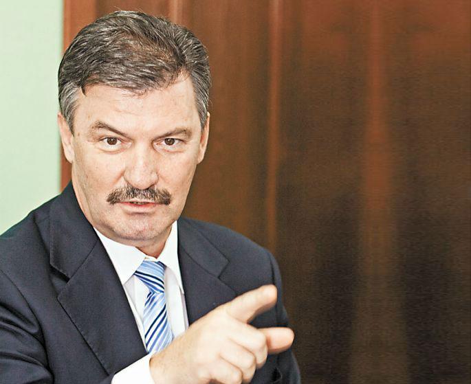 Серей Титков