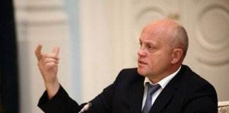 Врио губернатора Омской области Виктор Назаров призвал коммунальные службы региона сохранить традиции прохождения отопительного сезона без сбоев.
