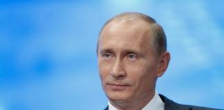 Владимир Путин отметил Алтайский край в числе трёх регионов наиболее активно сотрудничающих с Беларусью в сфере машиностроения и промышленной кооперации.