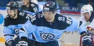 Игрокам ХК «Сибирь» удалось в напряжённой игре вырвать победу у «Локомотива» из Ярославля.
