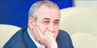 Действия некоторых новосибирских политиков в предвыборные дни, вероятно, должны вызывать разочарование Сергея Неверова, приложившего немало усилий к тому, чтобы избирательная кампания в регионе шла корректно.