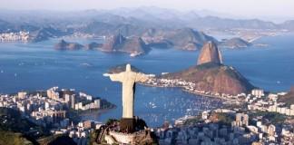 В первой же официальной деловой поездке на латиноамериканский континент, делегация БИНБАНКа оценила интерес южноамериканских инвесторов к российской экономике. На фото - панорама Рио-де-Жанейро.