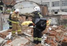 Более сорока сотрудников МЧС прибыли на место происшествия. Всего в ликвидации последствий аварии участвовали 69 человек и 21 машина.
