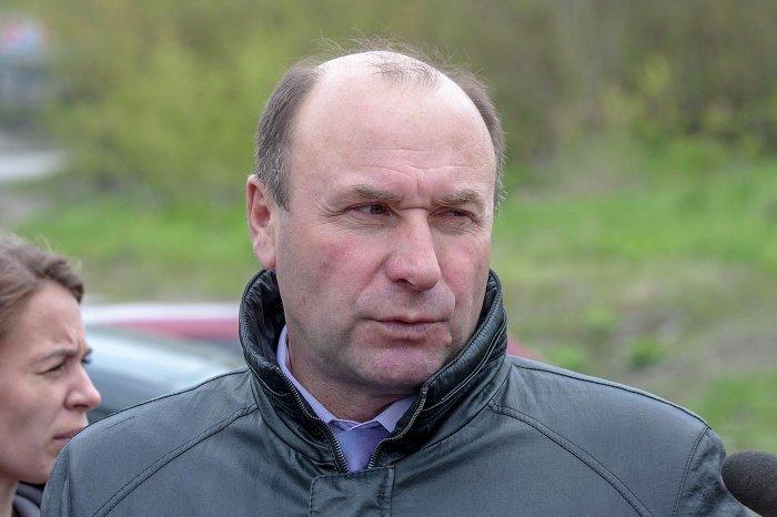 Хотя официального заявления об отставке Валерий Жарков (на фото) ещё не подавал, мэр Новосибирска Анатолий Локоть убеждён, что это произойдёт после возвращения чиновника из отпуска.