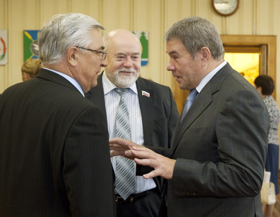 Виктор Косоуров, Николай Похиленко, Василий Волковский (слева направо)
