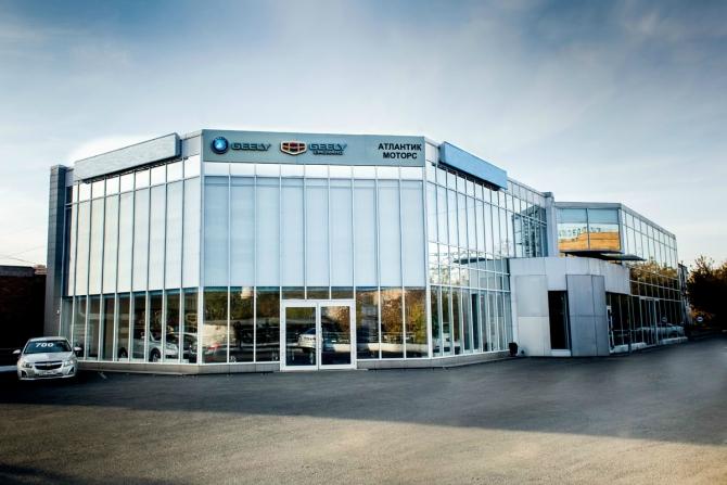 Дилерский центр GM в Красноярске теперь будет служить для марки Geely