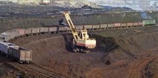 Хотя общая сумма затрат одного лишь «Норникеля» на освоение Быстринского месторождения превысит $800 млн, значительная часть этих расходов придётся на финансирование строительства железной дороги, на которую требуется 32 млрд. руб.