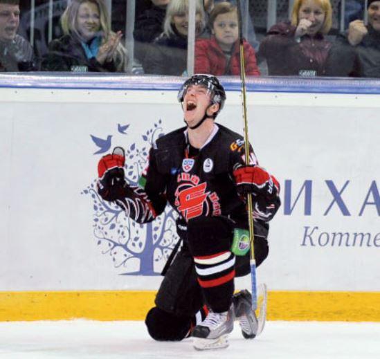 ХК «Авангард» вырвался на первое место в Восточной конференции КХЛ и не скрывает ликования.