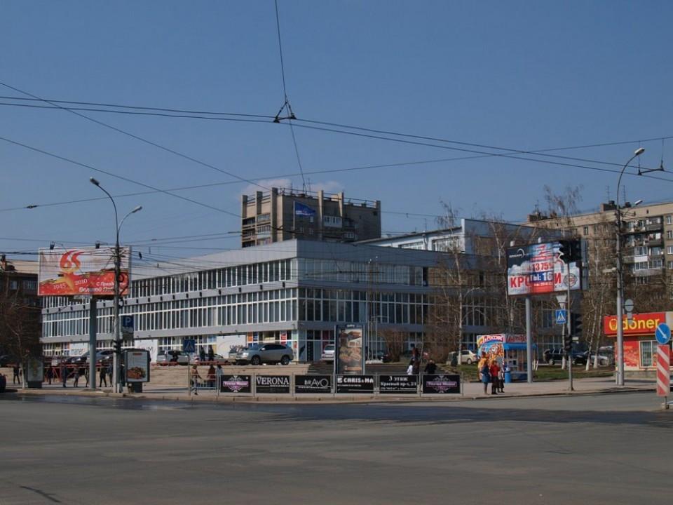 Конкурсный управляющий ЗАО «Сибирское инвестиционное товарищество», банкротящейся компании-собственника новосибирского ЦУМа предпримет ещё одну попытку продать дорогостоящий актив.