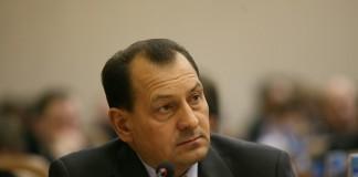 Депутата заксобрания Алтайского края Юрия Титова могу подвергнуть процедуре банкротства.