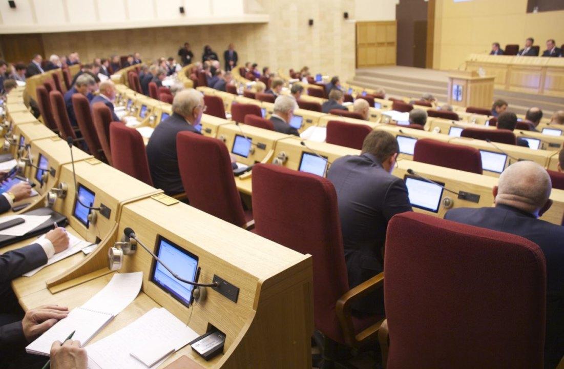 Депутаты шестого созыва заксобрания НСО определили вице-спикеров областного парламента.