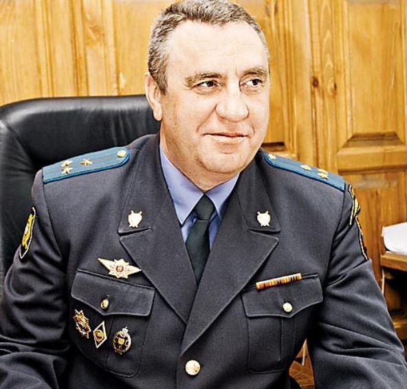 Ленинский райсуд Новосибирска признал бывшего замначальника СЧ ГСУ при УВД НСО виновным в служебном мошенничестве в особо крупном размере.