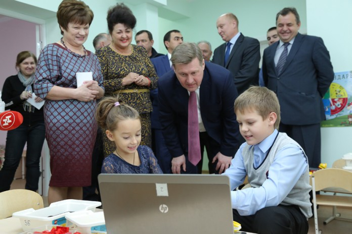 Миниатюра для: При новосибирской гимназии открылся детсад для будущих инженеров и учёных