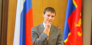 Из-за слишком активных выходных с чрезмерной физической нагрузкой вице-спикер красноярского Совета депутатов Александр Глисков в течение некоторого времени не сможет работать.