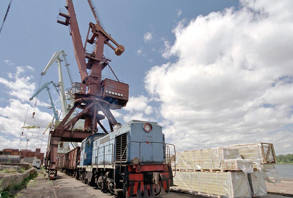 Погрузо-разгрузочные и логистические услуги «Красноярского речпорта» «Ванкорнефти» в 2015-16 году обойдутся нефтедобывающей компании более, чем на 10% дороже.