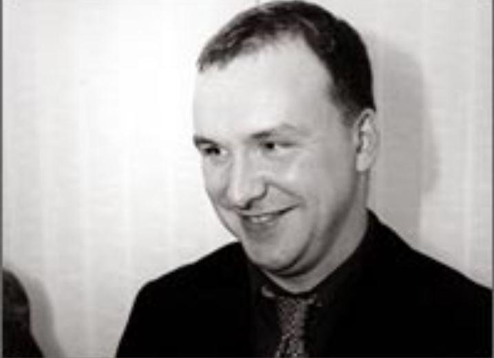Сергей Ярославцев уже в 2001 году был руководителем ЗАО «Западно-Сибирский аудиторский центр», которое оказывало консалтинговые услуги новосибирским бизнесменам.