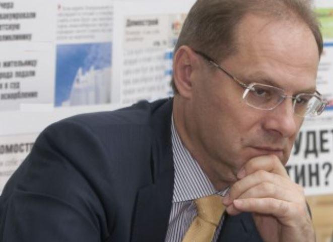 В Новосибирске завершилось расследование одного из уголовных дел о превышении полномочий, возбуждённых в отношении Василия Юрченко.