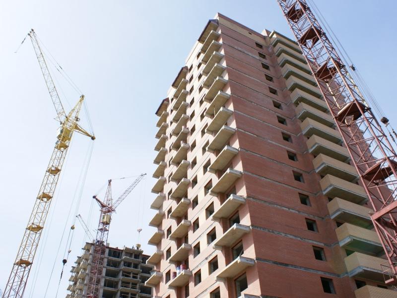 С начала года в Новосибирской области введено почти 2 млн кв метров жилья