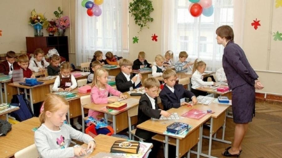 Чтобы позволить 54 тысячам школьников обучаться в первую смену, как их сверстники, Новосибирской области придётся потратить не менее 43 млрд. руб.