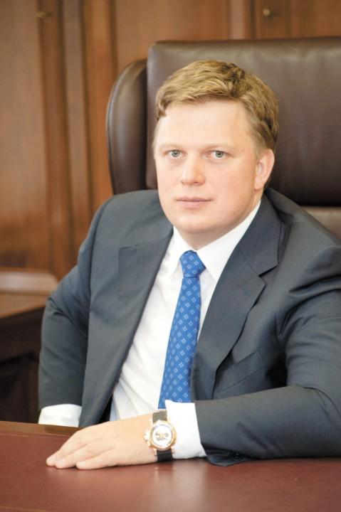 Директор ГК «Обувь России» Антон Титов