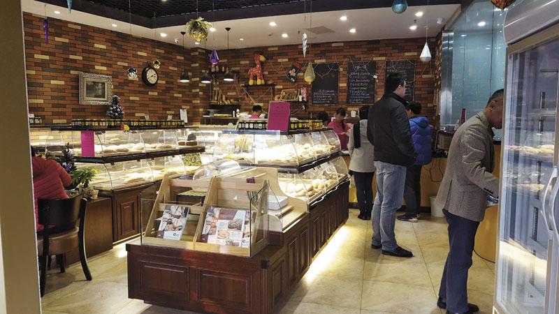 Сибирский хлеб в китайской пекарне Rusland