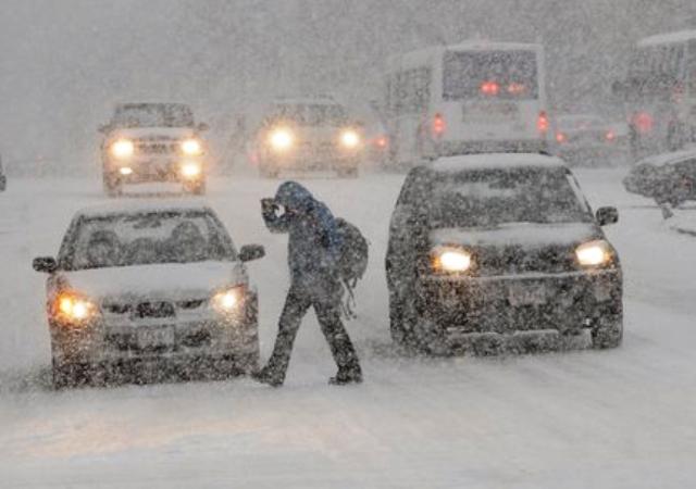 В Алтайском крае на два дня продлили объявленный ранее режим штормового предупреждения.