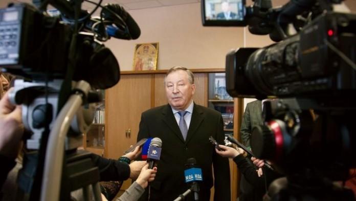Губернатор Алтайского края Александр Карлин убеждён в необходимости обсудить детали кластера «Барнаул – горнозаводской город» с общественностью.