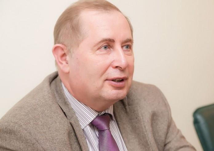 Бывший и. о. ректора НГУЭУ Александр Новиков назначен ректором университета.