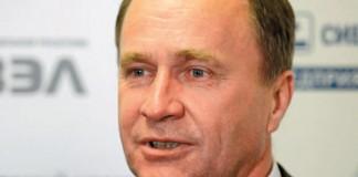 Гендиректор СХК Сергей Точилин сообщил, что компания ищет инвестора, чтобы организовать первое в РФ производство диоксида титана - по дешёвой и чистой сибирской технологии.