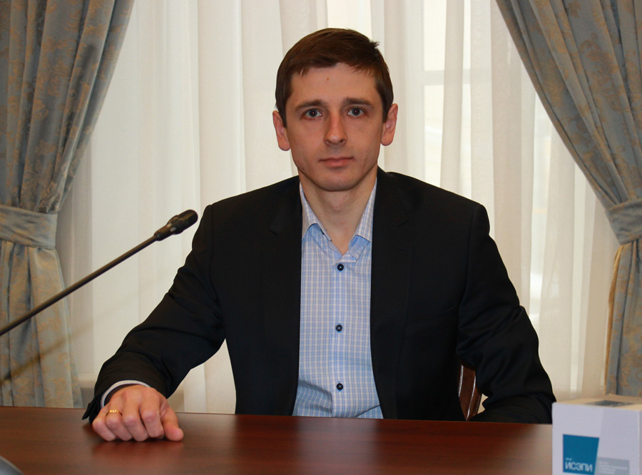 Александр Пожалов