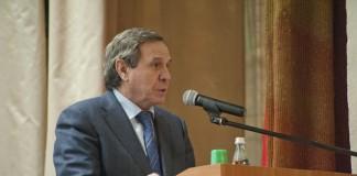 Губернатор НСО Владимир Городецкий примет активное участие в работе отраслевого совета по вопросам ЖКХ.
