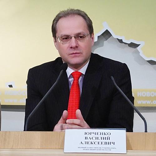 Недвижимость экс-губернатора НСО Василия Юрченко и членов его семьи обыскивают в рамках уголовного дела о хищениях в ПЛП НСО.