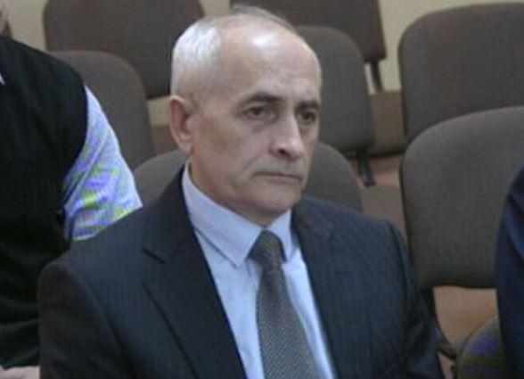 На 2 месяца лишённый полномочий омский судья Сергей Москаленко намерен защитить честь и репутацию в гражданской тяжбе против 3 городских СМИ.