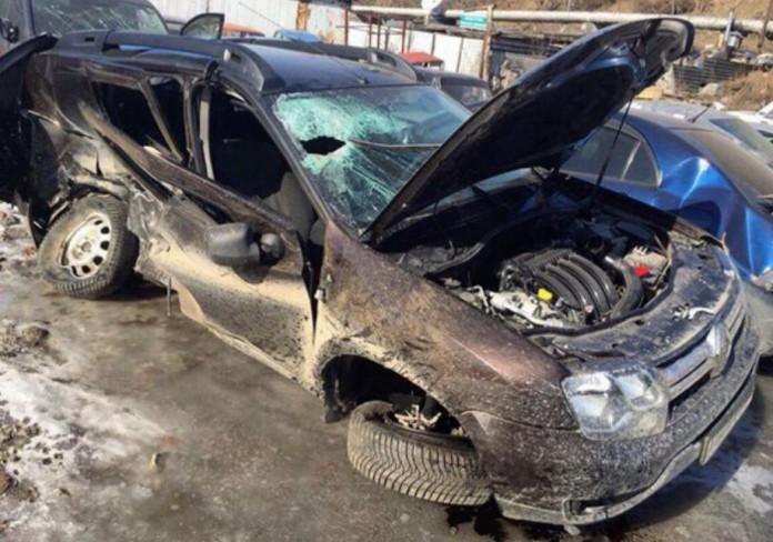 Одна из пассажирок Renault Duster, в который врезалс автомобиль нетрезвого бизнесмена, погибла на месте от полученных травм.