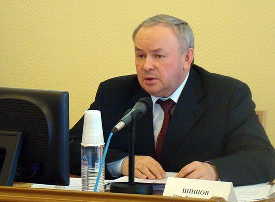 Экс-глава ООО «НПО «Мостовик» Олег Шишов решил досрочно перестать быть депутатом.