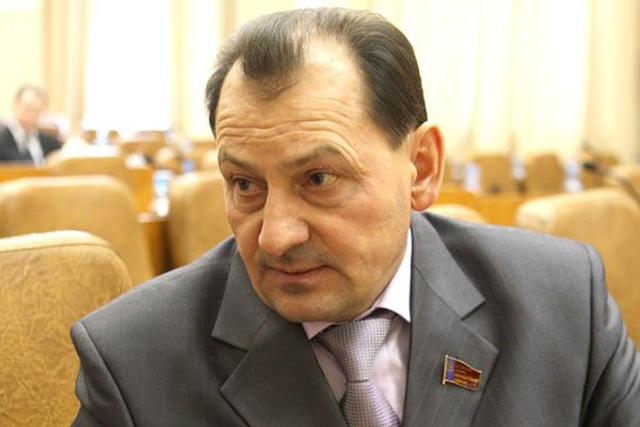 Депутат АКЗС и гендиректор ОАО «Ключевской элеватор» Юрий Титов.
